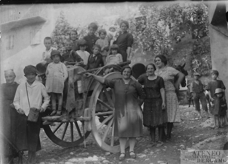 1928-09-20 in Barlino (Almenno SB).jpg